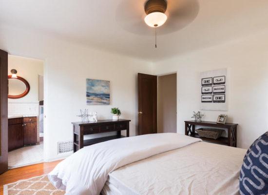 980 El Campo Dr Pasadena CA-large-044-56-Bedroom-1334x1000-72dpi