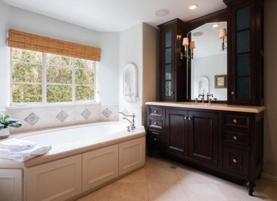 980 El Campo Dr Pasadena CA-large-053-77-Master Bath-1334x1000-72dpi