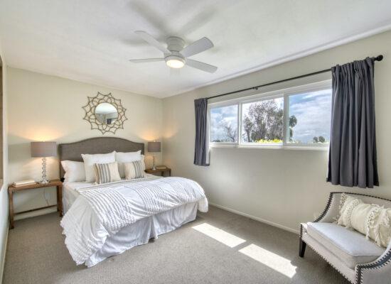 19 - bedroom