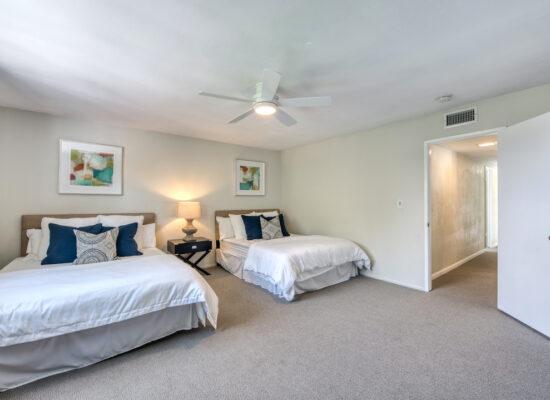 21 - bedroom