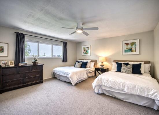 22 - bedroom