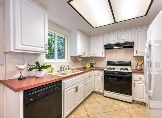 5 - 11 - kitchen